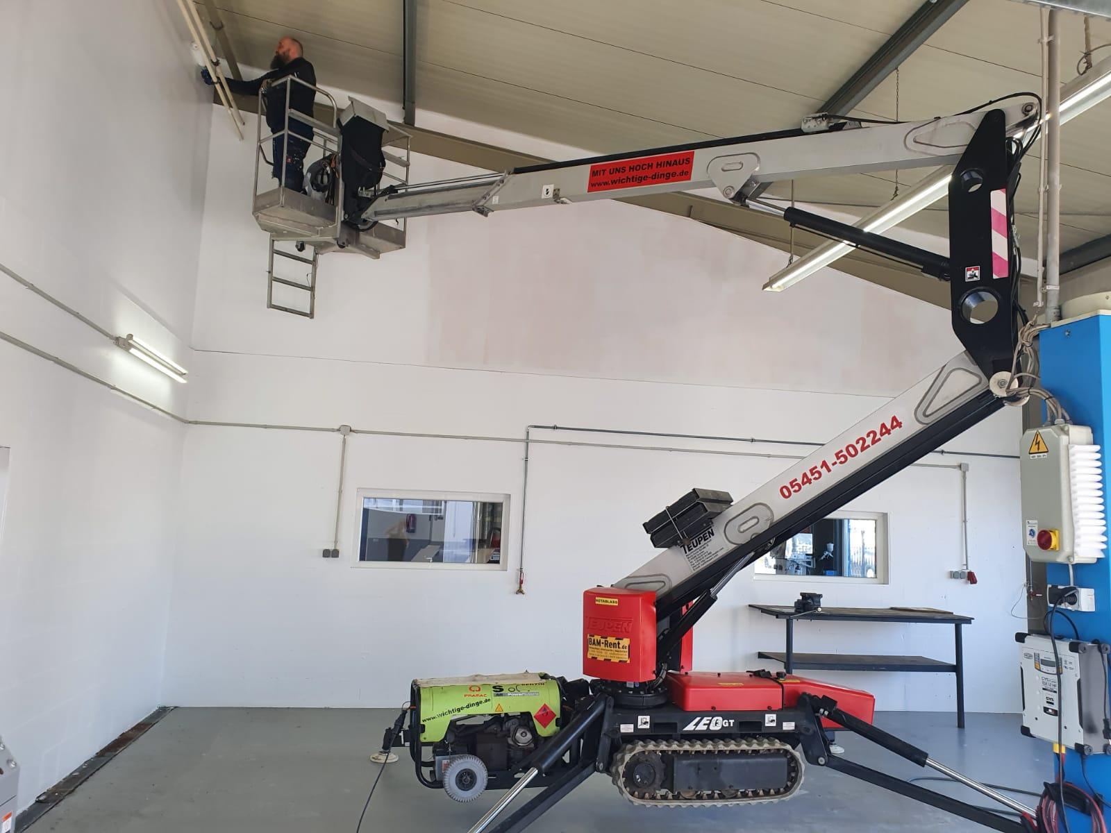 Arbeitsbühne mit einer Durchfahrtsbreite von 0,8m mieten, Hubsteiger verleih in Ibbenbüren, Osnabrück oder Rheine